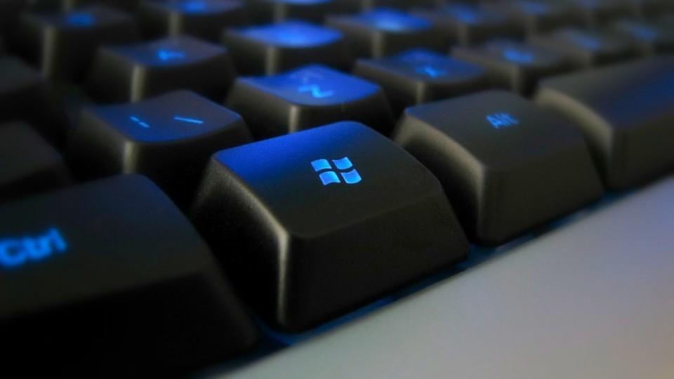 Сочетания клавиш для виртуальных рабочих столов и панели задач в Windows 10
