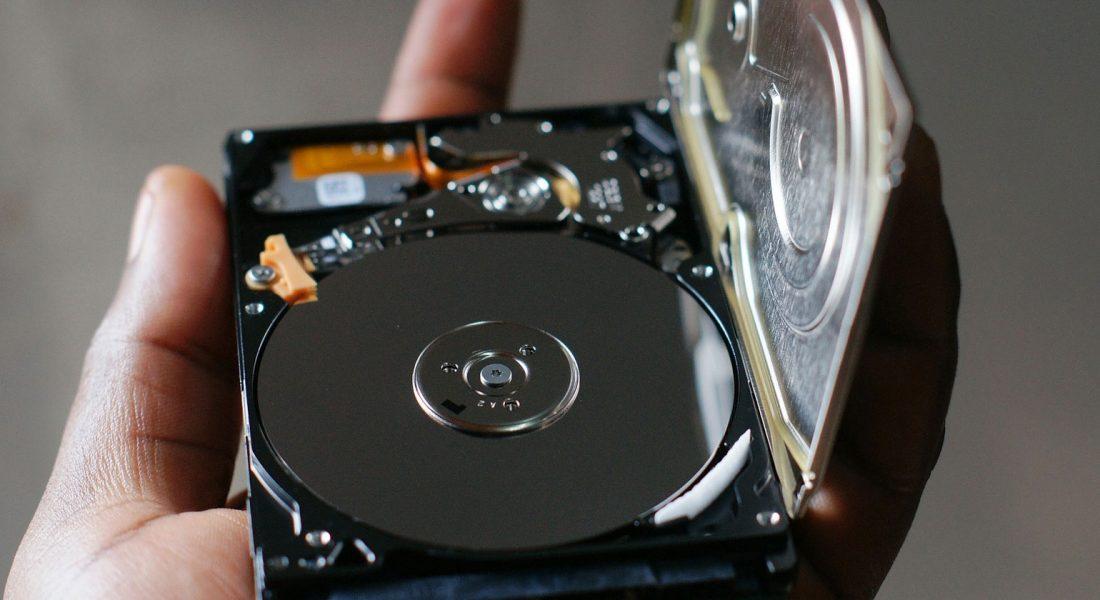 Легкий способ удаления информации с жесткого диска в Windows 10