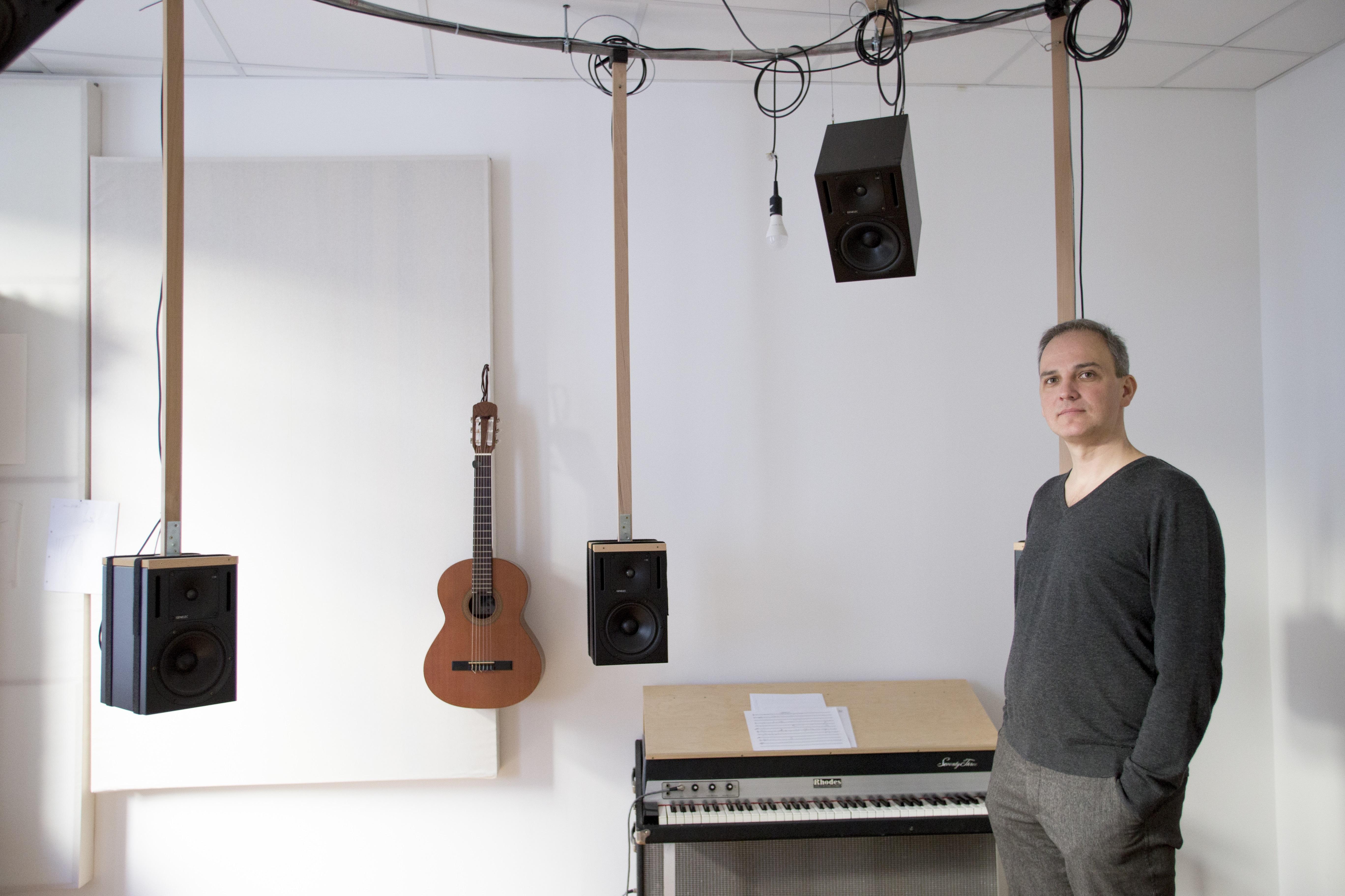 Рисунки в музыку. Аудиовизуальный проект Sometimes a Thousand Twangling Instruments на блокчейн